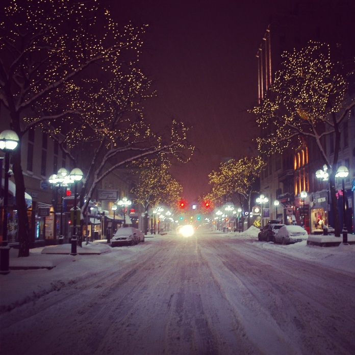 Main Street Downtown | Ann Arbor, Michigan | jessicamakolin.wordpress.com