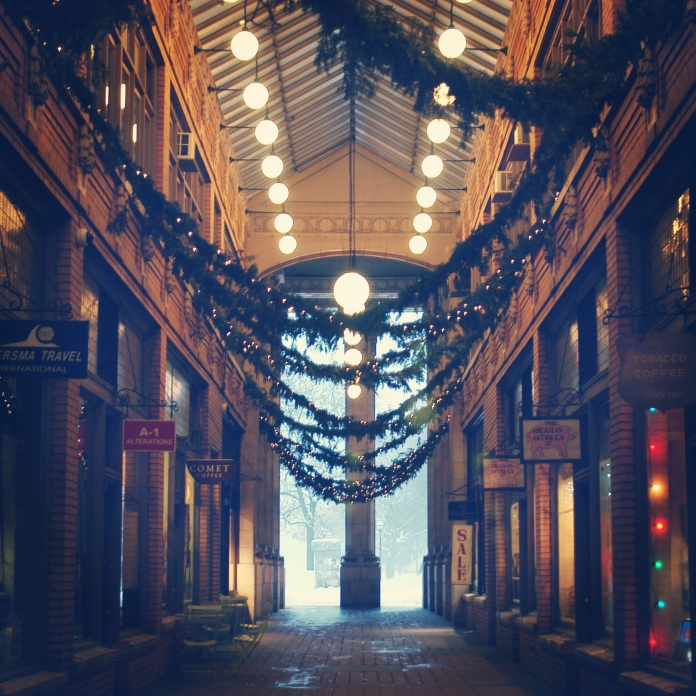Holidays in Nickel's Arcade | Ann Arbor, Michigan | jessicamakolin.wordpress.com